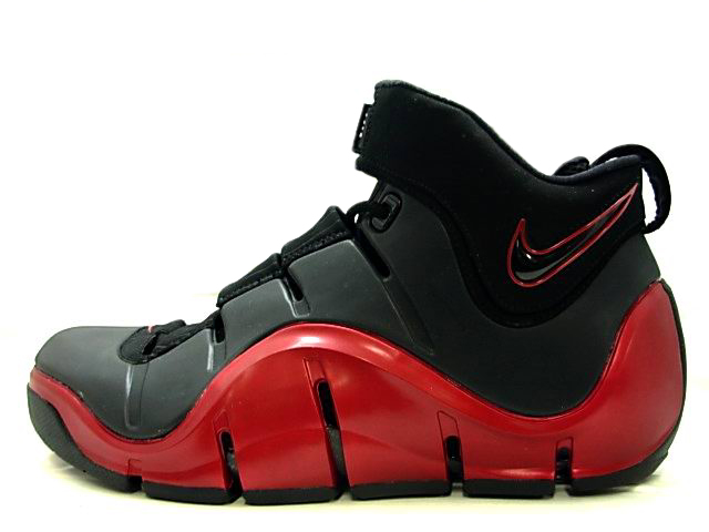 40c8f2c644b2b Nike Zoom LeBron IV. Black Red