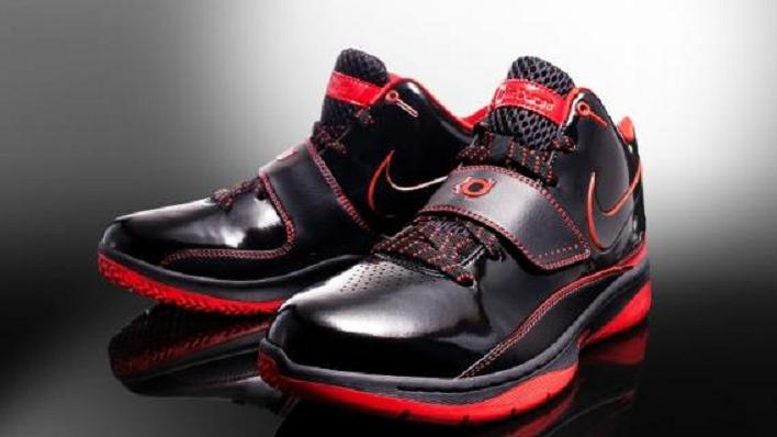 new concept eead8 2ef10 Kevin Durant and the Nike Zoom KD II (Review)  The Rise of a Superstar