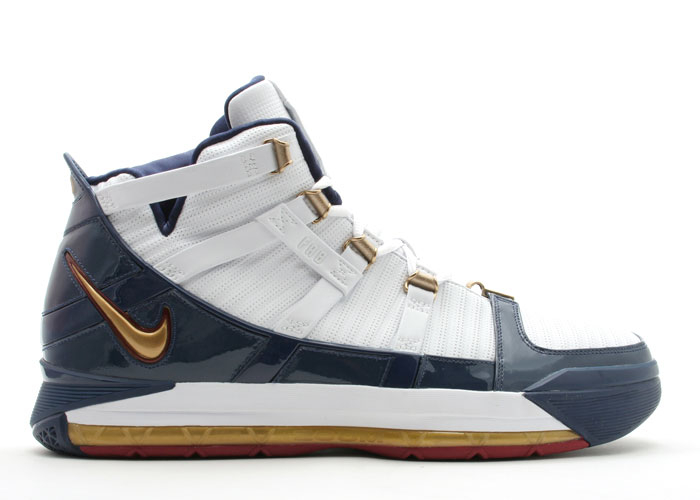 the latest 970f5 93e52 Nike Zoom LeBron III