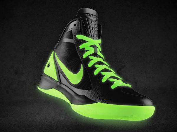 Nike Zoom Hyperdunk 2011 'Glow in the Dark' NIKEiD