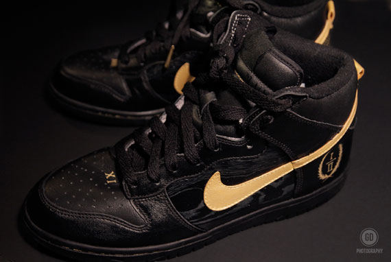 nike-dunk-high-watch-the-throne-customs-by-rom-2