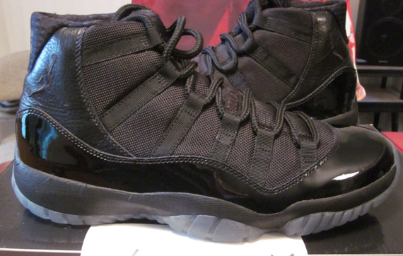 air-jordan-xi-blackout-new-images-11