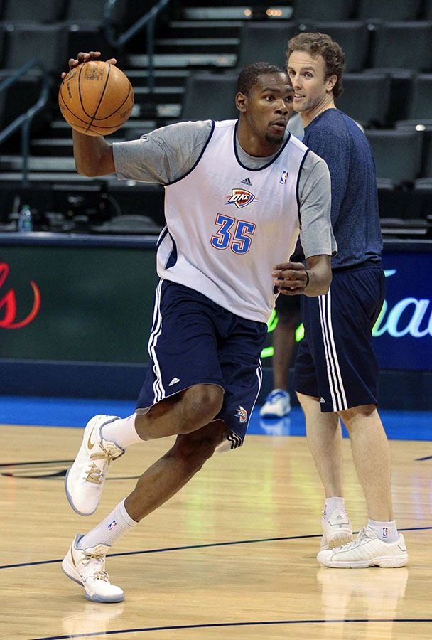 Oklahoma City Thunder's Durant practises as the Thunder get ready to play the Miami Heat in the NBA Finals series in Oklahoma City