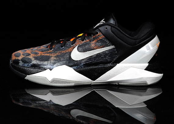nike-zoom-kobe-vii-cheetah-new-images-2