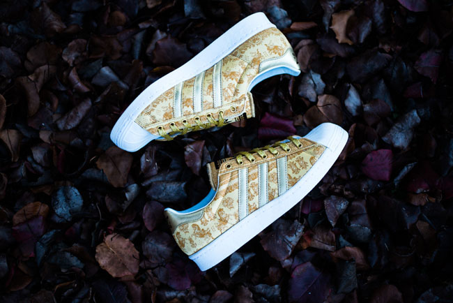 Adidas_Superstar_80_-_Year_of_the_Horse_5_8e161491-b16f-4e62-8632-b87d2344fdcd_1024x1024