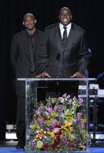Kobe Bryant Magic Johnson Michael Jackson Memorial Service Side Profile