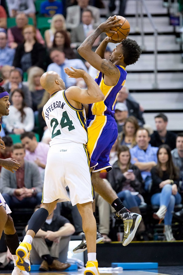 7733f9e06da99a 2014 NBA Sneakers on Court  Nick Young Sneaker Review ...