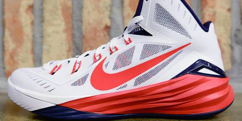 NIKE HYPERDUNK 2014 LATERAL VIEW