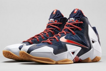 nike-lebron-11-xi-july-4th-indpendence-day-front-side-view