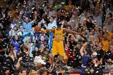 Kobe-Bryant-Celebrating-LA-Lakers-01