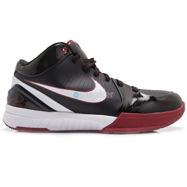 competitive price e15ed 6177a 100 Best Kobe Bryant Sneaker Colorways Ever Released   Kicksologists.com