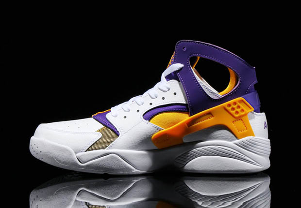 deeff4ebc2f9 Nike Air Flight Huarache Lakers   Knicks Colorway