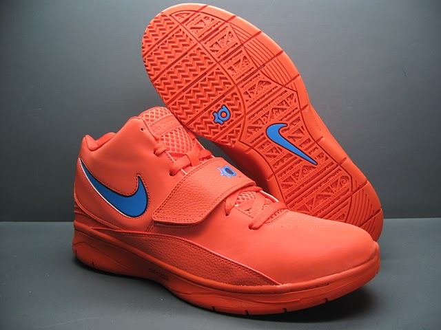 Kevin Durant and the Nike Zoom KD II