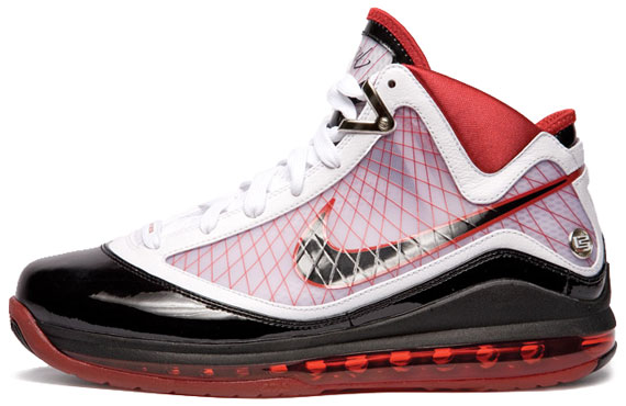3ed567e2563 LeBron James' seventh signature sneaker, the Nike Air Max LeBron VII, was  groundbreaking from a technological perspective, and it looked great.
