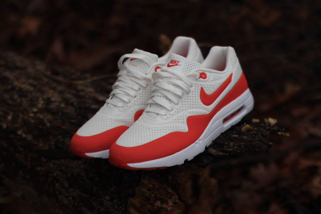 Nike Air Max 1 Ultra Moire Summit White:Challenge Red-White
